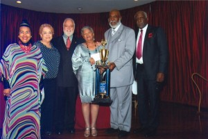 NNPA 2011 Merit Awards Goes &#8220;Hollywood&#8221; with &#8220;Shaft&#8221; As Emcee